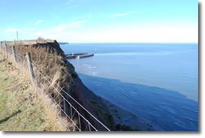 looking back towards Whitby Harbour entrance